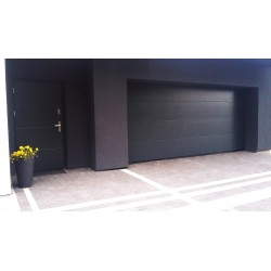 Brama garażowa - panel antracyt